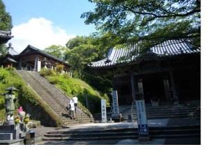 8番札所熊谷寺の本堂