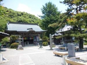 10番札所切幡寺の本堂
