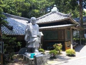 26番札所金剛頂寺の大師像