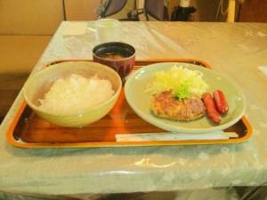 コーヒー&ランチわらびの和風ハンバーグ定食