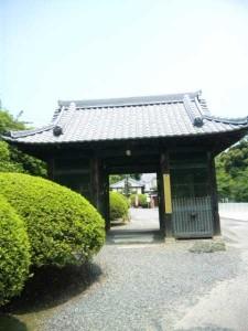 54番札所延命寺の山門