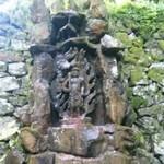 前神寺の御滝不動尊