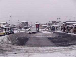 平泉駅前のロータリー