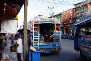 パトン行きのバス