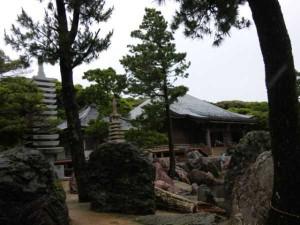 38番札所金剛福寺の境内