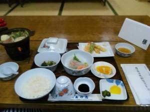 旅館長珍屋の夕食