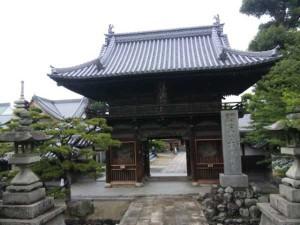 48番札所西林寺の山門