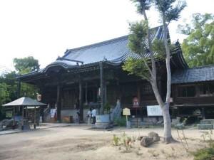 86番札所志度寺の本堂