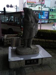 宇都宮のシンボル餃子像