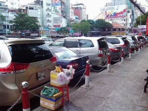 トヨタ車で溢れるサイゴンの街