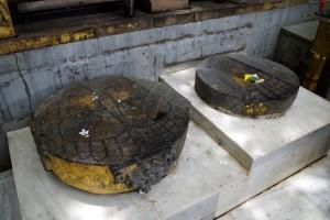 マハーボディー寺院の仏足石