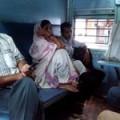 インド鉄道スリーパークラス