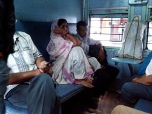 インドの列車のスリーパークラス