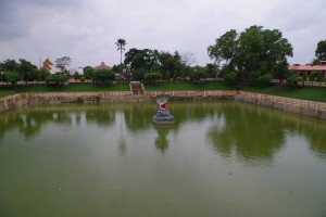 マハーボディー寺院の蓮池