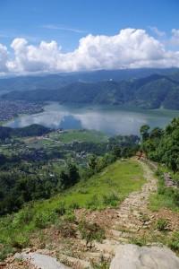ペワ湖方面の景色